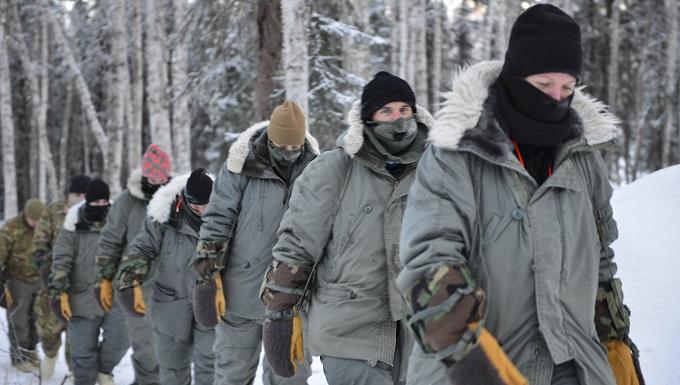 Distinguished leaders visit Arctic Survival School
